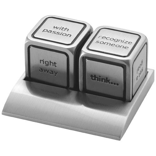Set de doua zaruri metalice cu mesaje