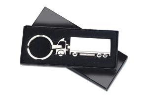 Breloc metalic cu forma de camion